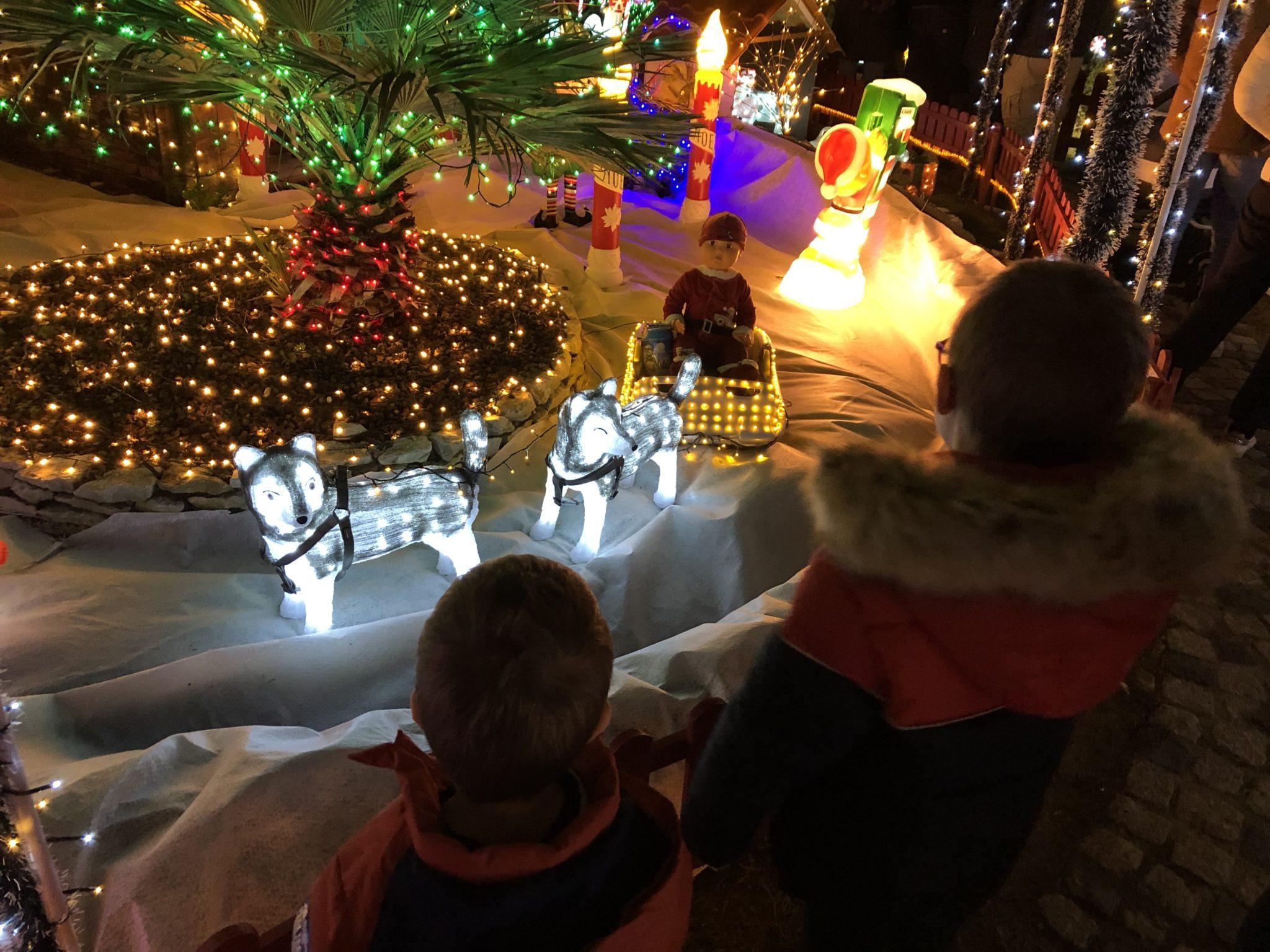Moment magique à la Maison du Père Noël de Meyreuil